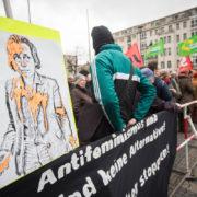 Proteste gegen die AfD am Rathaus Schöneberg