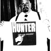 Der verstorbene NA-Kader Craig A. Jackson mit Hunter T-Shirt